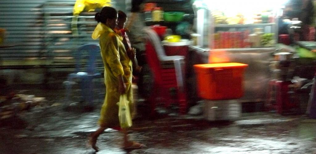 femme-jaune